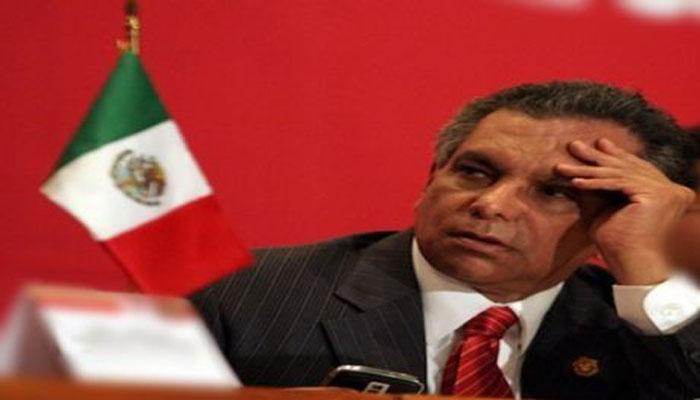 Renuncia cónsul de México en Barcelona